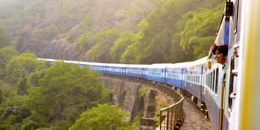 train going through the mountains