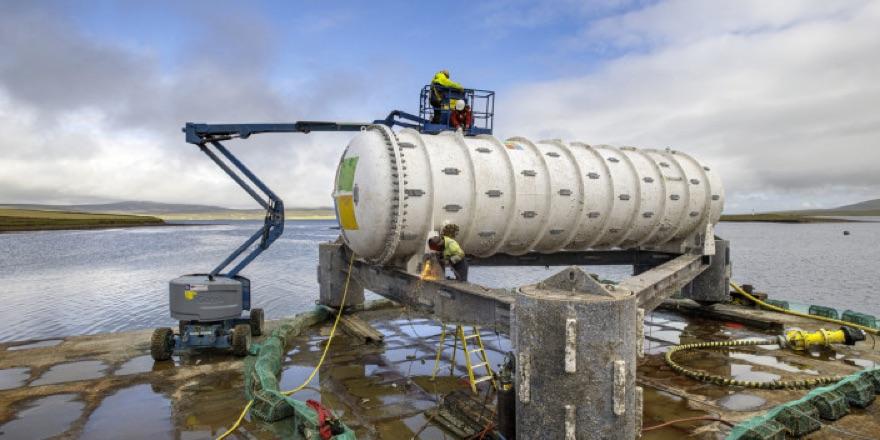 microsoft underwater cooling tank