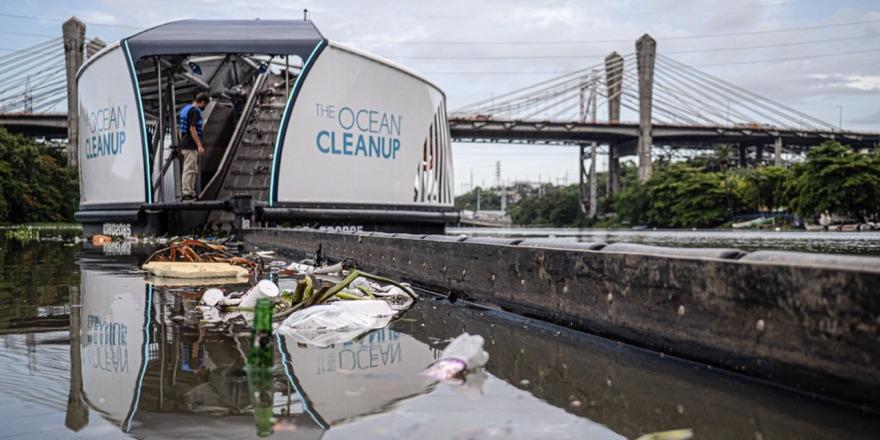 ocean cleanup boat